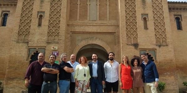 El Ayuntamiento programa 11 funciones dentro del ciclo de teatro y música 'Noches de Verano en el Palacio de la Buhaira' con 2.200 entradas gratuitas