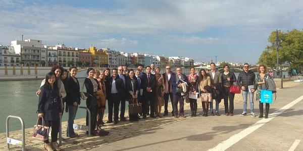 El Ayuntamiento propicia la colaboración entre empresas locales y la Federación Mundial de Ciudades Turísticas ante la cumbre Europa-China de turismo que se celebrará en Sevilla del 10 al 12 de diciembre