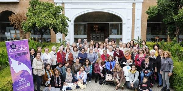 El Ayuntamiento propicia una jornada de debate con todas las asociaciones sevillanas de mujeres en el II Encuentro por la Igualdad enmarcado en el Otoño Feminista