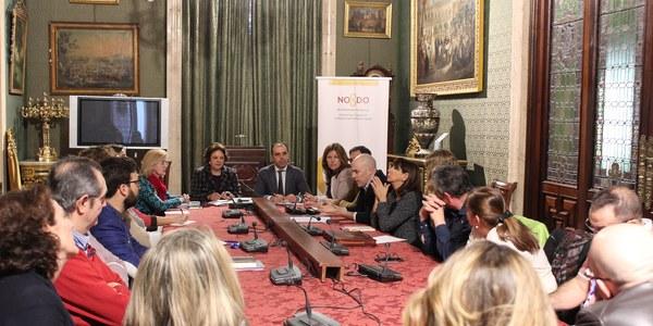 El Ayuntamiento subvenciona 24 proyectos de asociaciones de comerciantes para modernización y difusión del comercio de proximidad y dispondrá de casi un millón de euros en el presupuesto 2018 para el sector