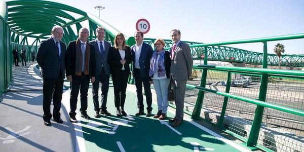 El Ayuntamiento ultima el proyecto para conectar la nueva pasarela ciclopeatonal sobre la SE-30 con la Avenida Juan Pablo II