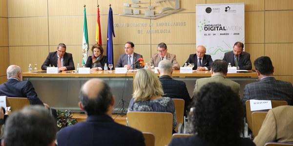El Ayuntamiento y la asociación empresarial Eticom ponen en marcha en FIBES la Andalucía Digital Week como evento de referencia del sector  de las TIC en Andalucía