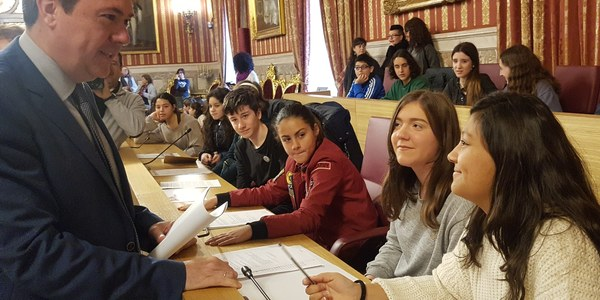 El Consejo de la Infancia destaca la importancia de un lenguaje integrador, la corresponsabilidad y el compromiso como vehículos de una educación en Igualdad