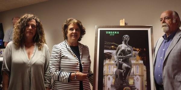 El Distrito Triana presenta el cartel de la Velá de Santiago y Santa Ana, una composición fotográfica del escultor y pintor Jesús Gavira que utiliza distintas técnicas como la fotográfica