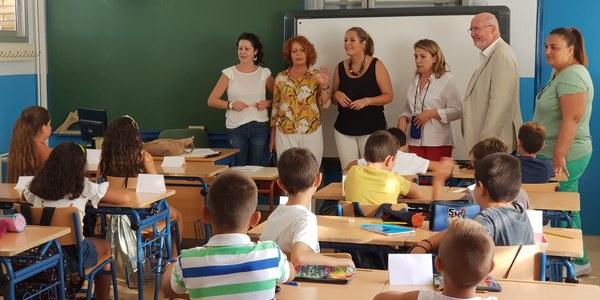 El Gobierno destaca que la coordinación y la planificación municipal permite de nuevo compatibilizar un elevado volumen de inversión pública con la ausencia de incidencias por las obras en los colegios en el inicio del curso escolar