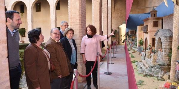 El Palacio de los Marqueses de la Algaba acoge un año más el tradicional Belén mudéjar que se puede visitar desde hoy