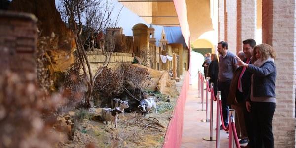 El Palacio de los Marqueses de La Algaba y el Hogar Virgen de los Reyes amplían el programa de actividades navideñas participativas del Ayuntamiento