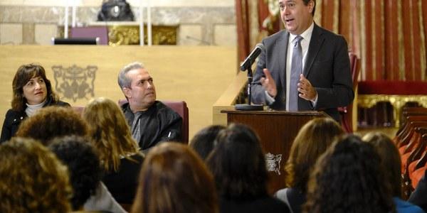 El programa municipal de empleo Integra cierra el año con la inserción laboral de 627 desempleados y con acciones de formación para casi 5.000 personas, el doble de los objetivos mínimos