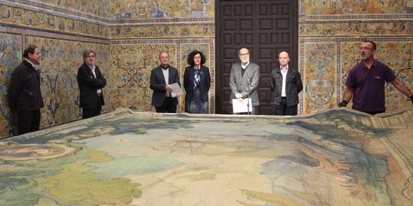 El Real Alcázar de Sevilla suscribe un convenio con el IAPH para la conservación de cuatro sargas  de Gustavo Bacarisas con un programa de formación asociado