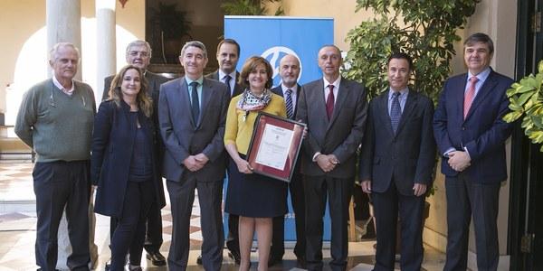 Emasesa certifica sus planes  de seguridad alimentaria e  inocuidad del agua bajo la  norma ISO 22000 de AENOR
