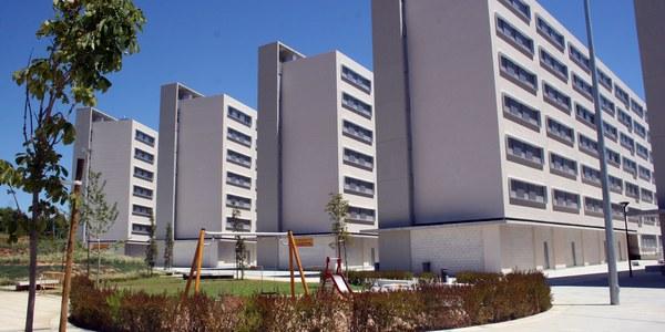 Emvisesa oferta tres viviendas en alquiler en Nuevo Amate para jóvenes menores de 35 años, mayores de 65 años y familias monoparentales