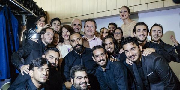 Factoría Cultural del Polígono Sur cierra su participación en la Bienal de Flamenco con otro lleno absoluto del espectáculo '3.000… DesCencias'