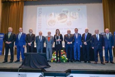Foto alcalde Asociación Ingenieros.jpg