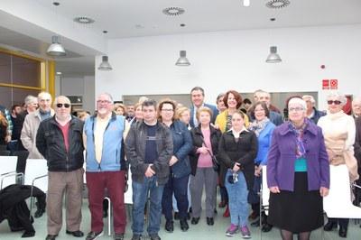 Foto alcalde  centro mayores (2).JPG