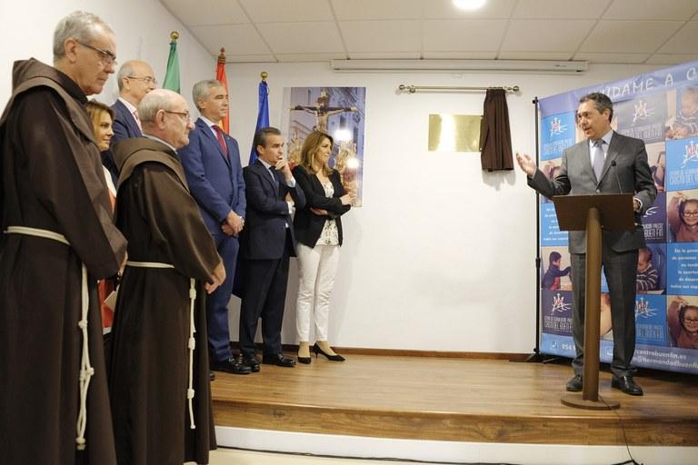 Foto alcalde inauguración Centro  Cristo Buen Fin.jpg