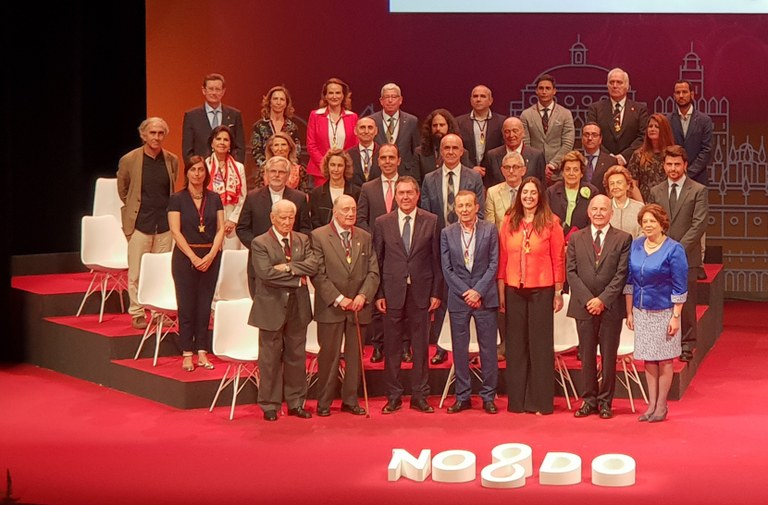 Foto alcalde Medallas  (2).jpg