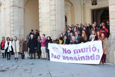 Foto minuto silencio violencia de género.jpg