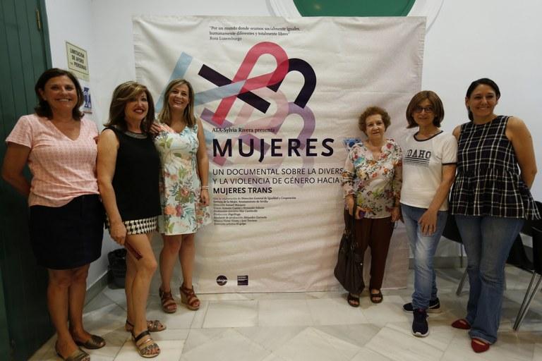 Foto Myriam Díaz documental Mujeres.jpg