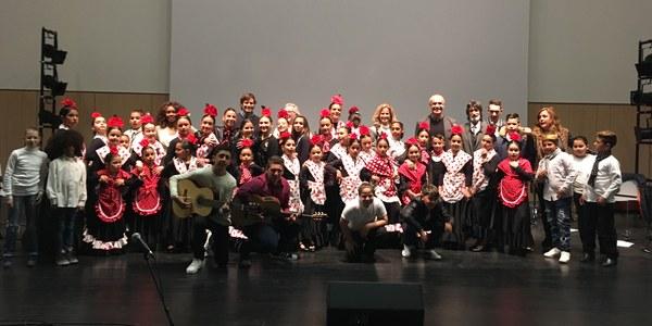 La Factoría Cultural del Polígono Sur acoge un ensayo abierto al público del nuevo espectáculo flamenco de la escuela de arte de la Fundación Alalá