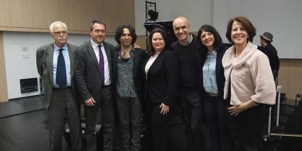 La Factoría Cultural se llena para celebrar su inauguración con un concierto de Diego Amador que reúne a colectivos y vecinos del Polígono Sur y representantes de la industria cultural de toda la ciudad
