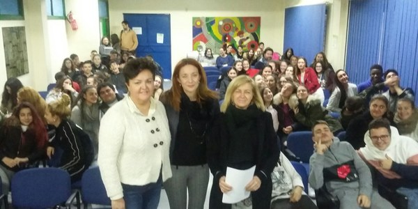 La mayor edición del programa Educar en Igualdad que el Ayuntamiento ha llevado a cabo hasta ahora arranca en el IES Azahar del Distrito Macarena