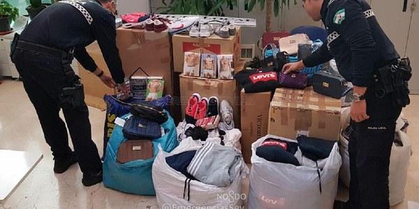 La Policia Local interviene cientos de artículos falsificados con un valor de mercado de 13.000 euros