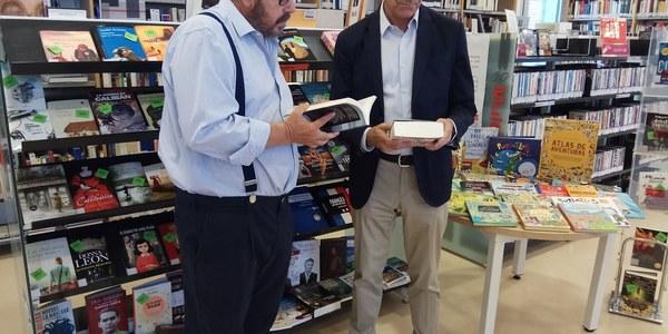 La Red Municipal de Bibliotecas de Sevilla recibe 6.500 libros nuevos gracias a una inversión superior a los 120.000 euros