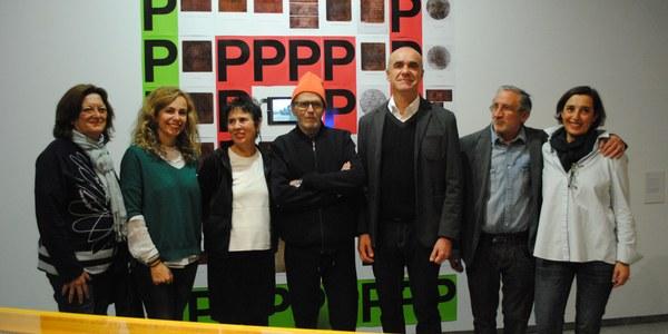 La Sala Atín Aya acoge desde hoy y hasta el 8 de abril la muestra 'Miguel Benlloch. Cuerpo Conjugado', que repasa el trabajo del artista granadino durante tres décadas