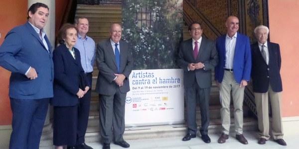 """La Sala Atín Aya acoge la II edición de la exposición solidaria """"Artistas contra el hambre"""" organizada por el Banco de Alimentos de Sevilla"""
