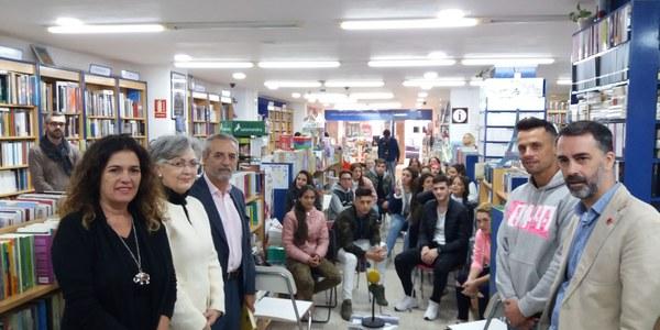 Las librerías de Sevilla se llenan de arte por el Día de las Librerías