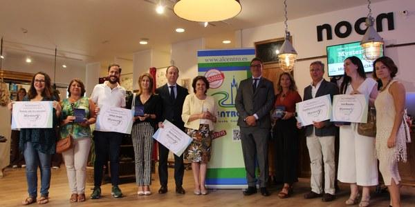 Más de 130 establecimientos del Casco Antiguo participan en el proyecto 'Mystery Shopping' de evaluación del comercio que AlCentro ha llevado a cabo con el apoyo del Ayuntamiento de Sevilla