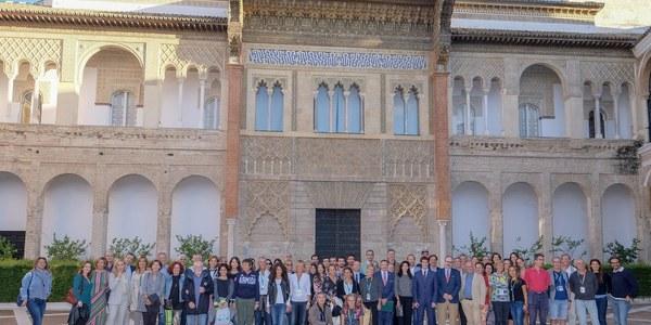 Más de 900 deportistas de 11 países participan entre hoy y mañana en la  II Regata Internacional de Remo  para Veteranos de Sevilla
