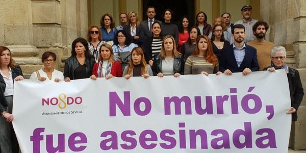 Minuto de silencio con motivo de la última víctima de la violencia machista en Córdoba
