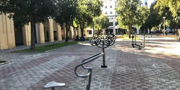 Nueva red de zonas de juegos biosalusables en plazas y espacios públicos del Distrito Este-Alcosa-Torreblanca