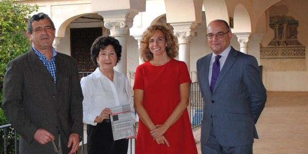 Presentación del libro 'La escritura y la iluminación de libros y documentos en la Sevilla de Murillo', de la historiadora Rosario Marchena
