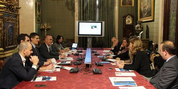Sevilla acogerá tres cumbres internacionales de aerolíneas 'low cost' que operan largas distancias en 2019, 2020 y 2022, la primera centrada en el desarrollo de la industria de mantenimiento y reparación de aeronaves