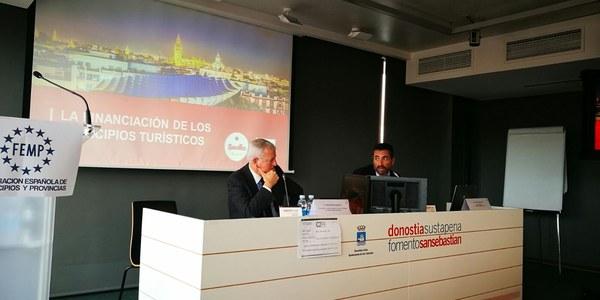 Sevilla comparte con otras once ciudades españolas estrategias para el desarrollo de un turismo más sostenible