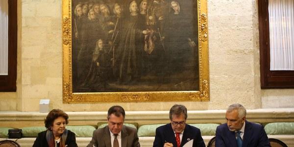 Sevilla y Catania firman un convenio de colaboración en los ámbitos académico, cultural y económico que hace especial hincapié en la Semana Santa  y en las programaciones de los teatros Bellini y Maestranza