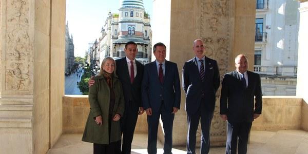 Sevilla y San Salvador sellan  el hermanamiento entre ambas ciudades que abre oportunidades de cooperación económicas, sociales, culturales y científicas