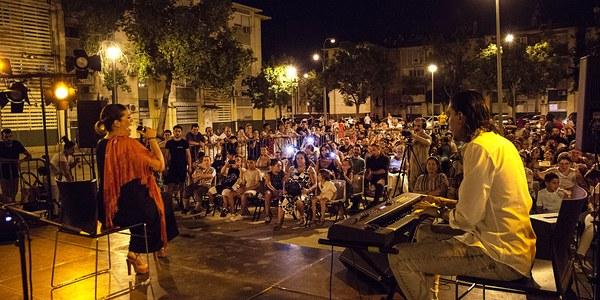 Vecinos y artistas del Polígono Sur, protagonistas de '3.000 DeScencias'