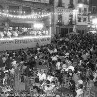 30. Concierto de la banda de música en el escenario del Altozano.1969. ©ICAS-SAHP, Fototeca Municipal, archivo Gelán.