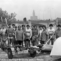 Real Círculo de Labradores. Entrenamiento del equipo olímpico de piragüismo, preparatorio para las Olimpiadas de Montreal.  1976 ©ICAS-SAHP, Fototeca Municipal de Sevilla, archivo Serafín