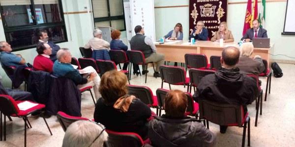Jornada sobre el Plan Estratégico Sevilla 2030 celebrada en el Distrito Cerro - Amate