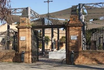 Puerta (baja calidad).jpg