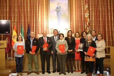 Foto alcalde acto represaliados 1.jpg
