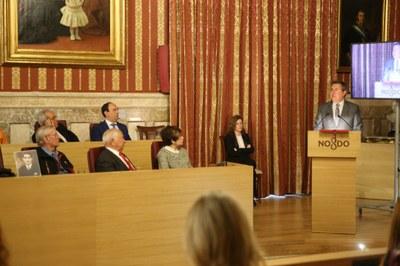 Foto alcalde acto represaliados 2.jpg