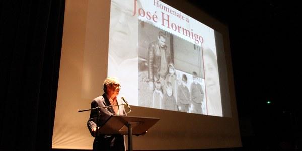 El Ayuntamiento participa en el homenaje al histórico dirigente sindicalista José Hormigo celebrado en Bellavista