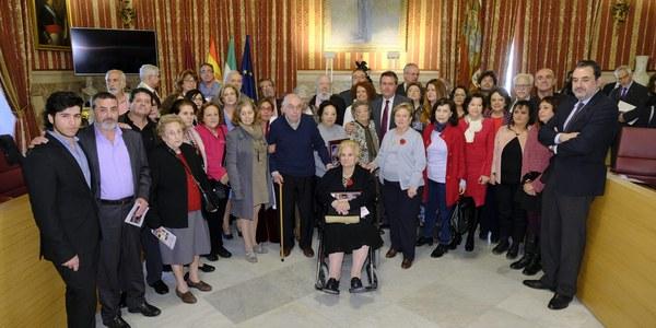 Homenaje a los miembros de la Corporación Republicana municipal. Días 11 y 12 de Abril.