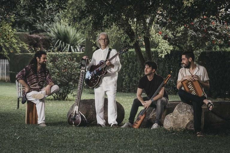 Gualberto y Orquesta.jpg