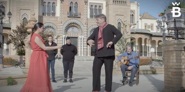 La Bienal de Flamenco, como baluarte del compromiso de Sevilla con la cultura segura, se abre al mundo con su tradicional flashmob
